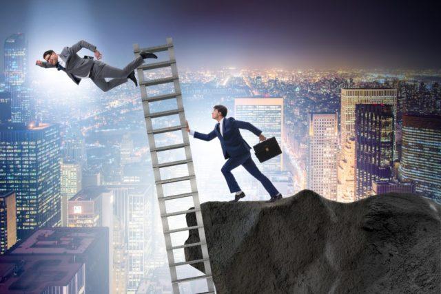 社内コミュニケーション不足が招く企業の課題
